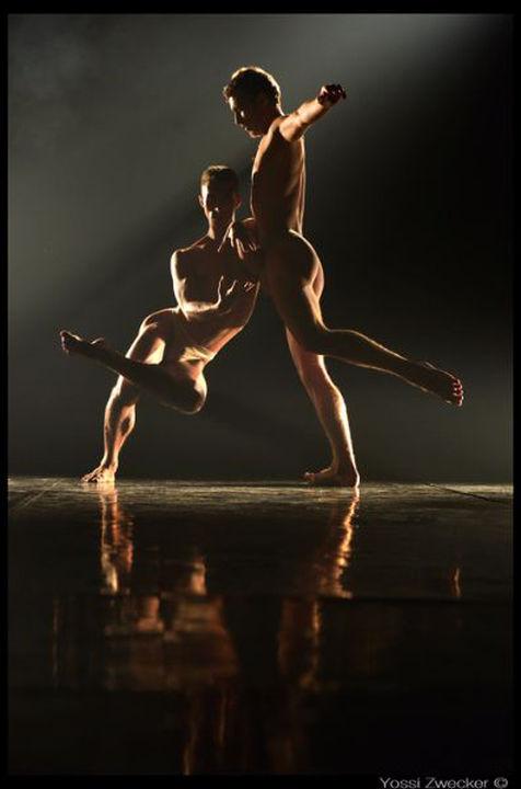Brenda Angiel Aerial Dance Company (Аргентина)