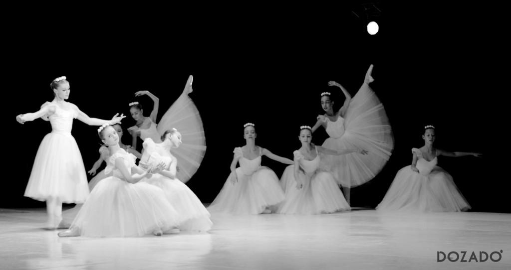Гала-концерт памяти Анны Павловой в ЗИЛе