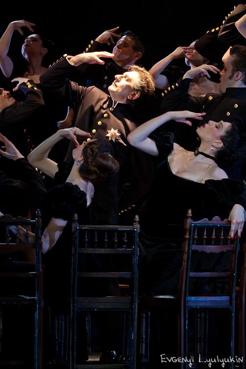 dozado,Анжелика Холина,Анна Каренина,Театр Вахтангова, пластический спектакль,хореографический спектакль,