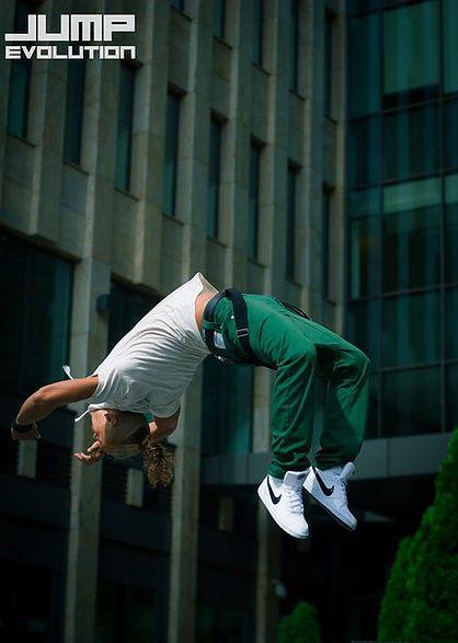 Jump Evolution: паркур + танцы