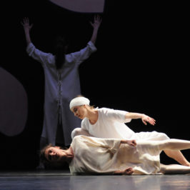 "Ballet de Opera de Lyon "" Giselle"" Mats EK"
