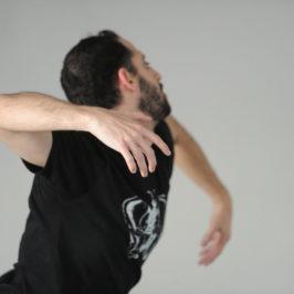 Интервью с израильским танцовщиком Дором Мамалиа