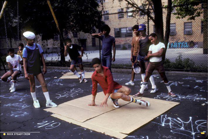на фото команда Rock Steady Crew (США), начало 80х, dozado