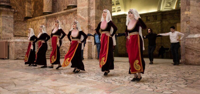 Армянский танец: непрерывающаяся традиция